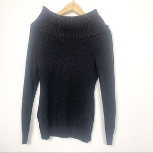 2 for 25 Guess crowl neck sweater black size M